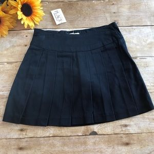 Black pleated Skirt by Children's Place Size 4